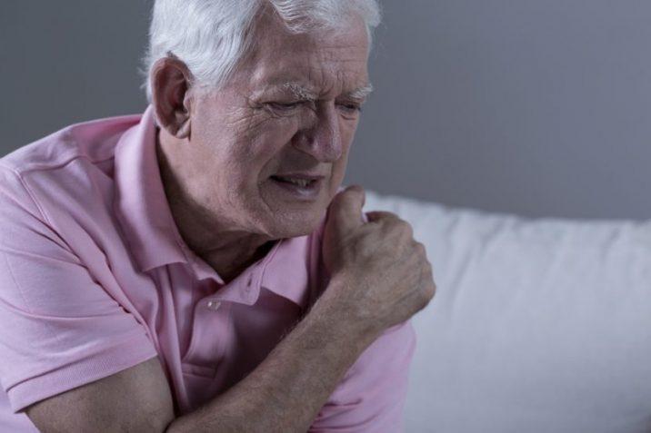 Alguses oli kate valu liigesed, siis kuunarli liigese Ravi sormeotste liigeste parast vigastusi