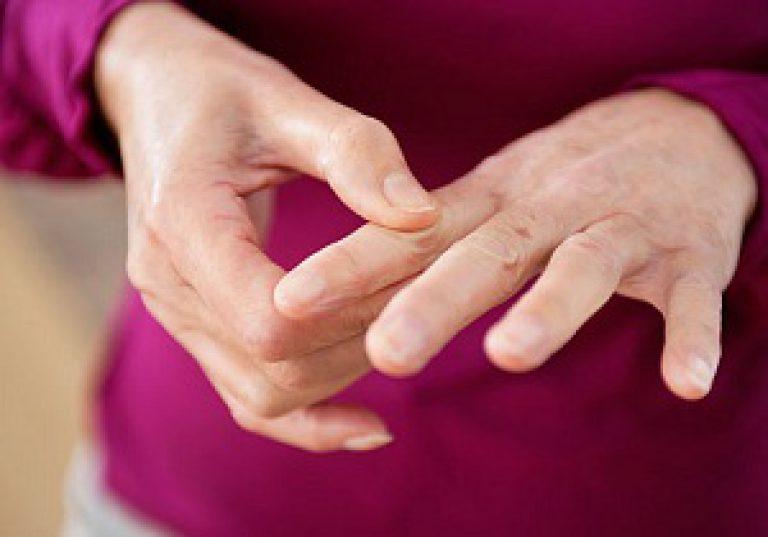 Hoidke sormede ravi liigeseid