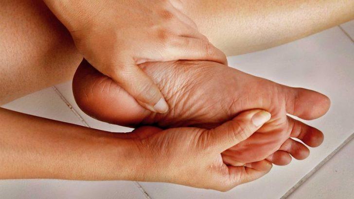 Liigeste dislokatsioonide tootlemine Gogress artriit kaeparast