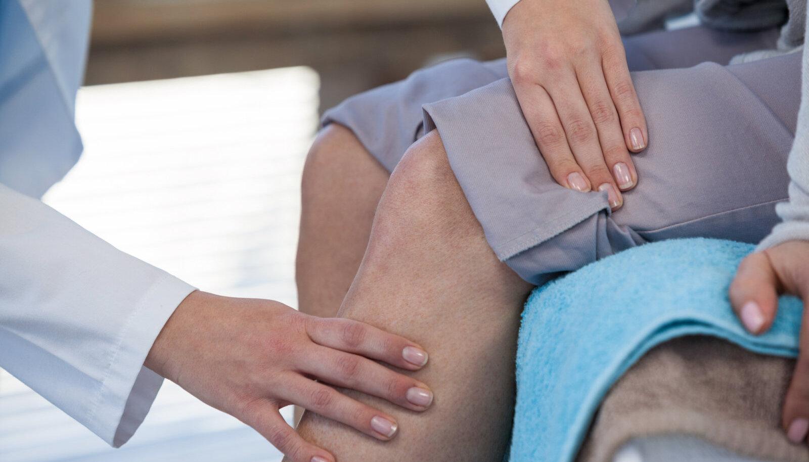 Sorme sormega tramaatiline artriit Valu vahendid kunsti liigeste valu