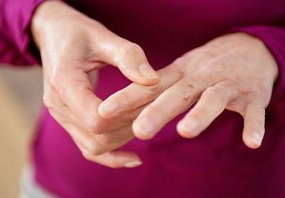 Hoidke sormede ravi liigeseid Vitamiinide valulikud uhendused
