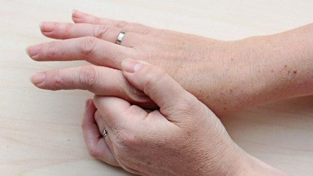 Kasi abikaasa uhine valus Luumurdumine valutab harja